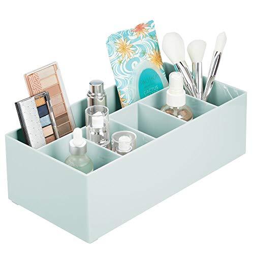 mDesign Schminkaufbewahrung für Wasch- oder Schminktische – Aufbewahrungsbox aus BPA-freiem Kunststoff für Make-up – moderner Kosmetik Organizer mit 6 Fächern – Mint grün